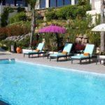 SHANTI-SOM Wellbeing Retreat - ReiseSpa Wellness Retreat - Pool am Tag