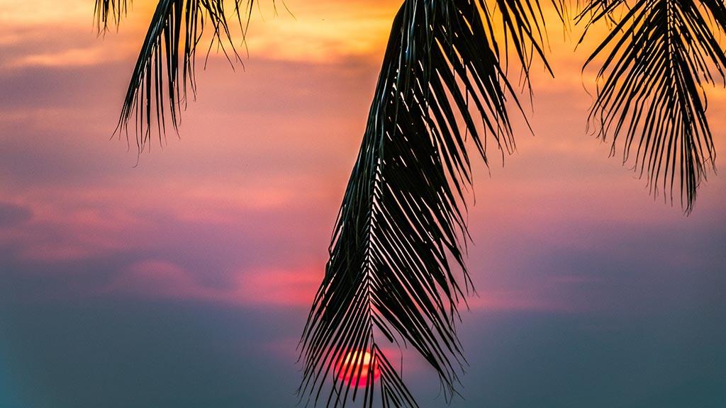 ReiseSpa Sonnenuntergang - Premium Wellness Retreats