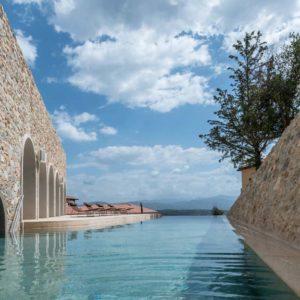Euphoria Retreat - Outdoor Pool - Hotel - ReiseSpa Wellnessurlaub